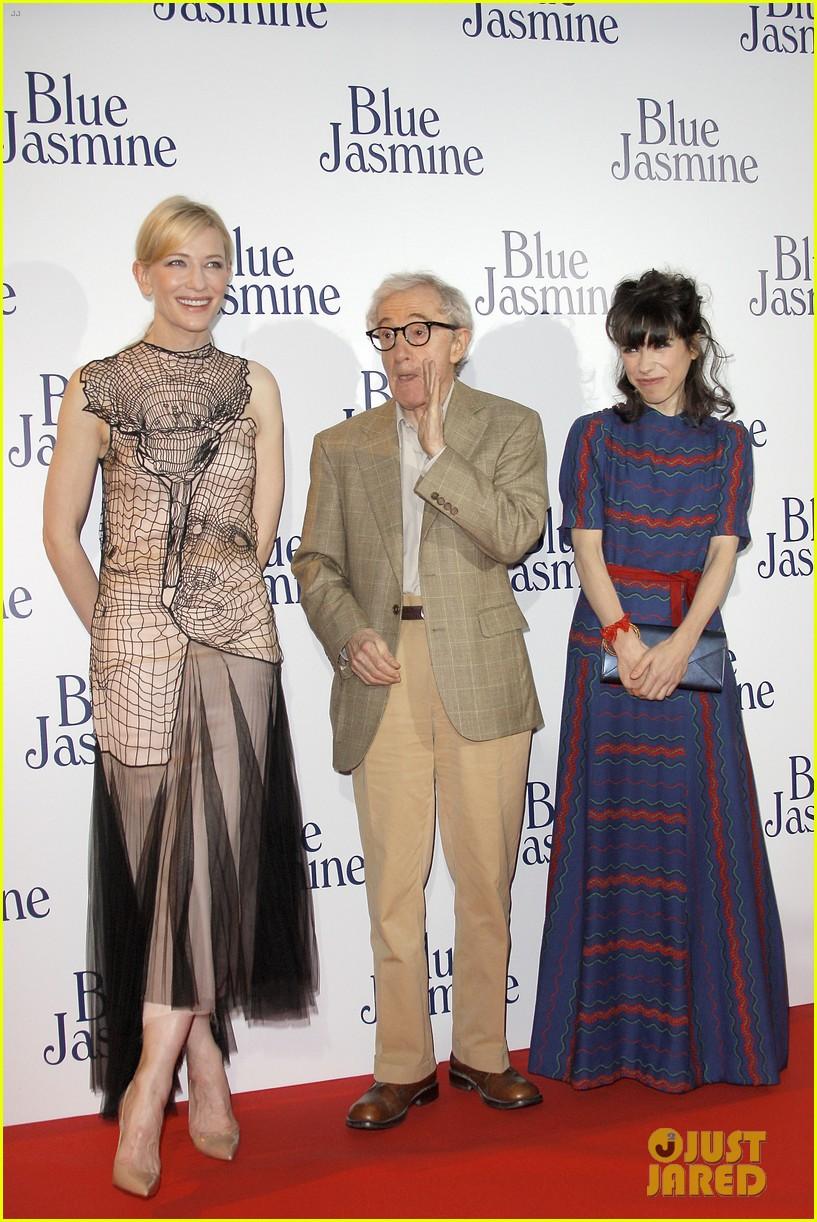 cate blanchett blue jasmine paris premiere with woody allen 03