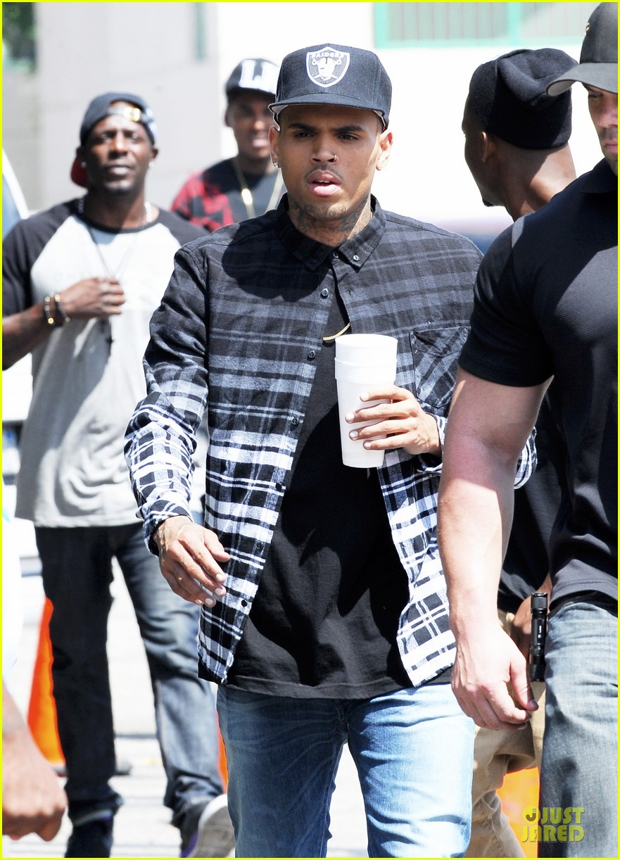 chris brown shoots love more music video 02