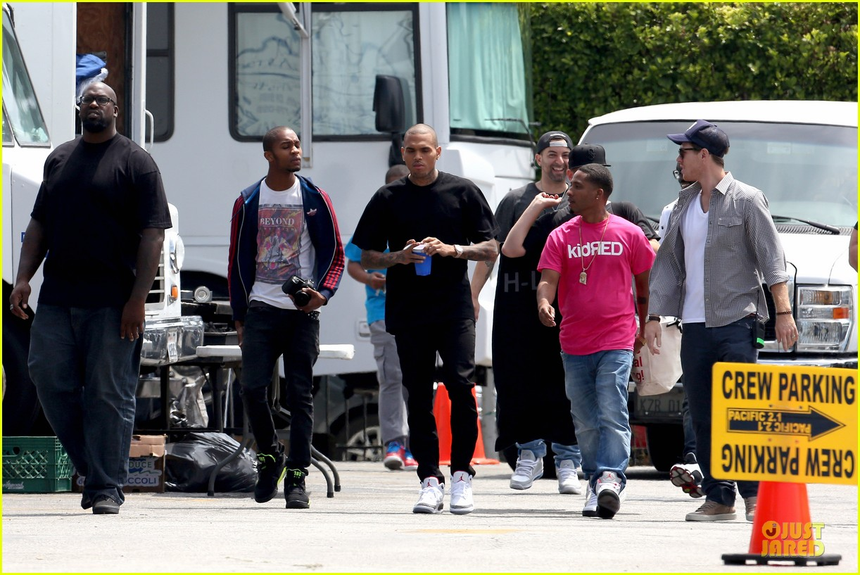 chris brown shoots love more music video 21