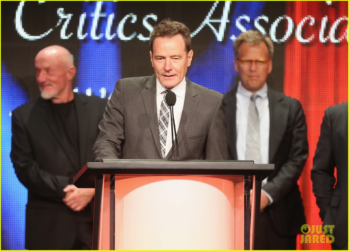 bryan cranston breaking bad wins program of the year tca awards 2013 03
