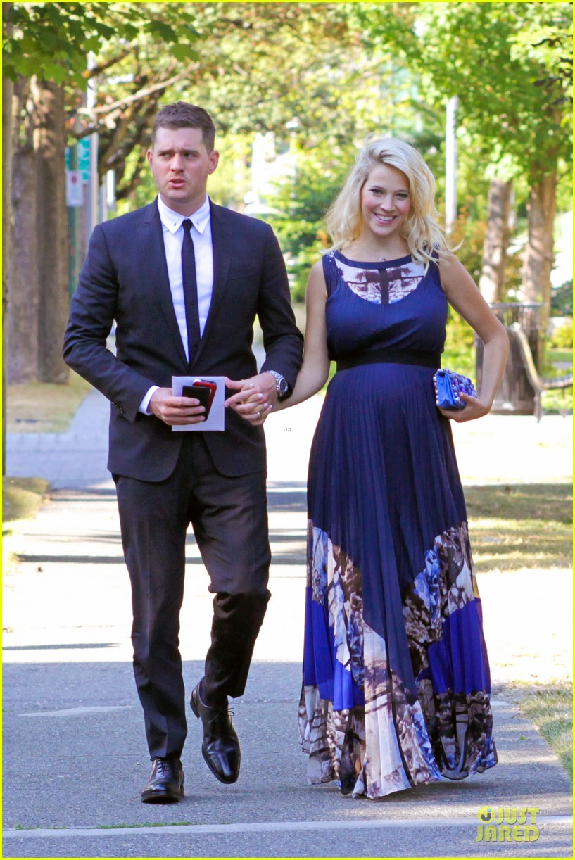 michael buble lusiana lopilato vancouver wedding couple 142928967