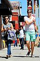 sophia bush dan fredinburg melrose shopping couple 04