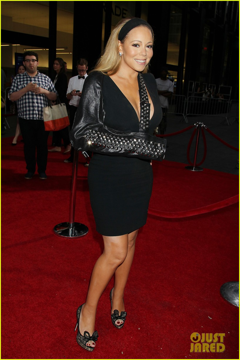 mariah carey wears arm sling to butler new york premiere 07