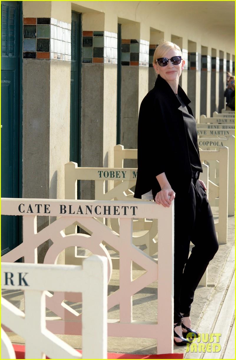 cate blanchett blue jasmin deauville premiere 032941328