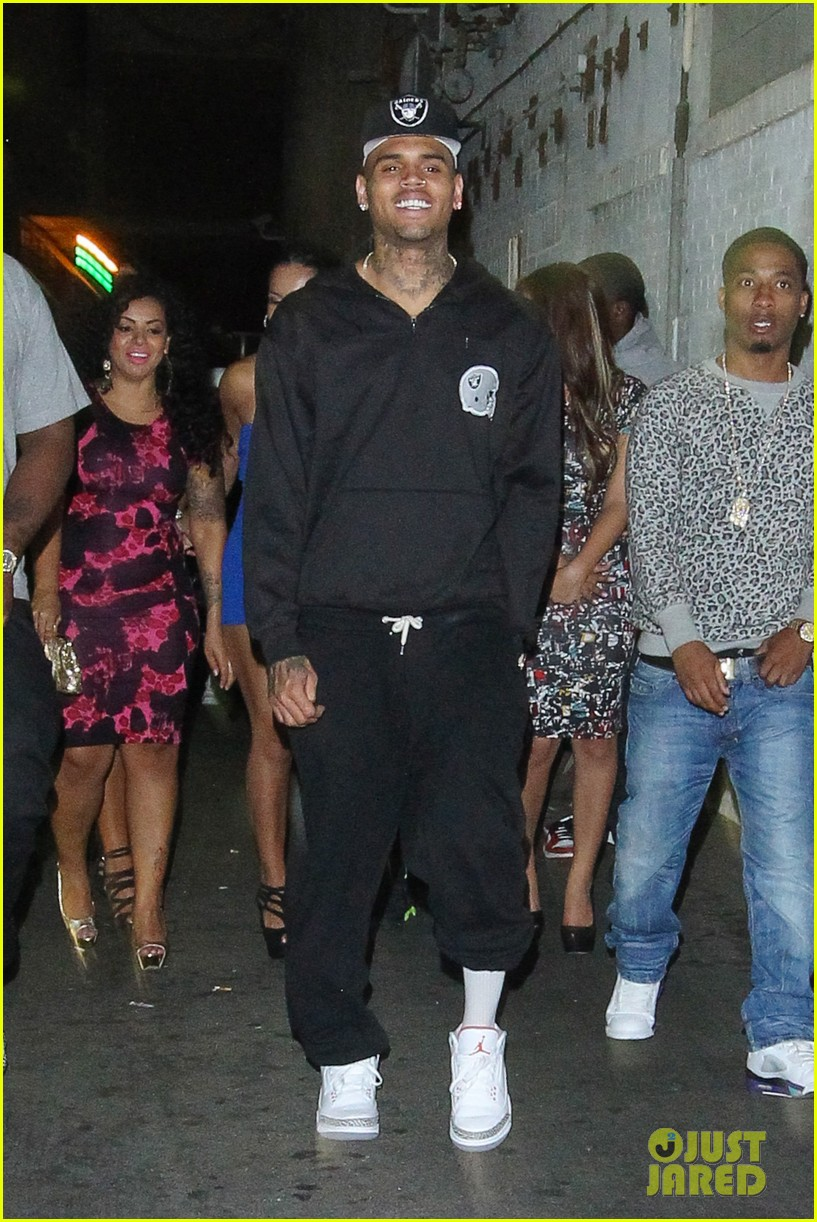 chris brown night out following love more video shoot 01