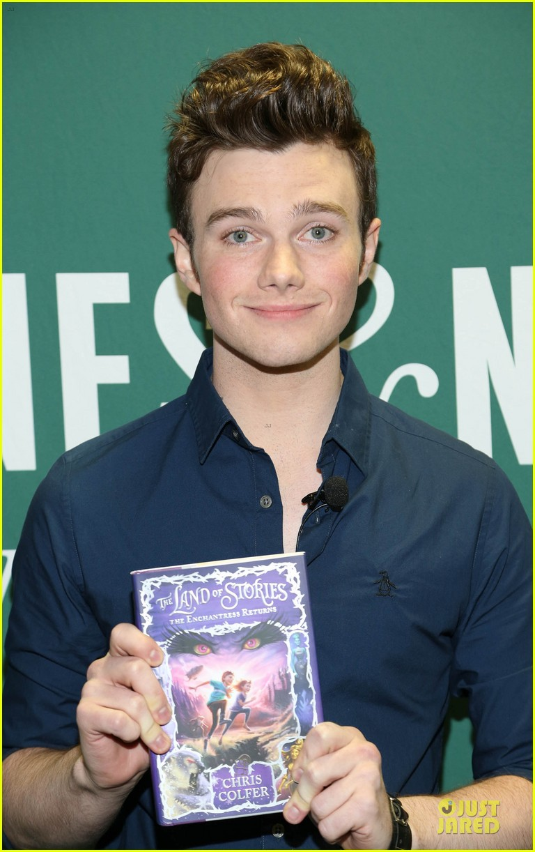 chris colfer land of stories the enchantress returns book event 062924678