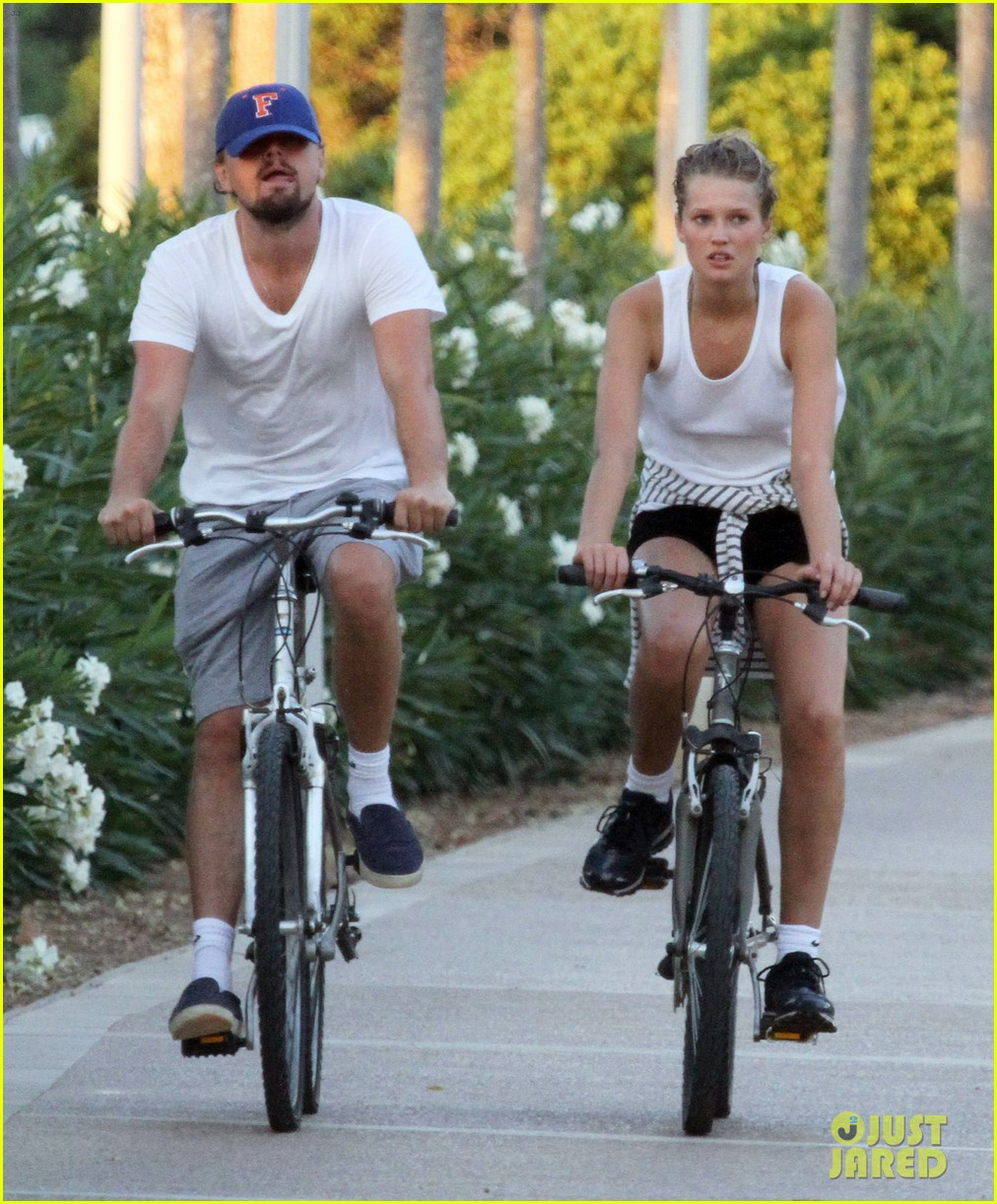 leonardo dicaprio toni garrn ride bikes together in spain 172930856