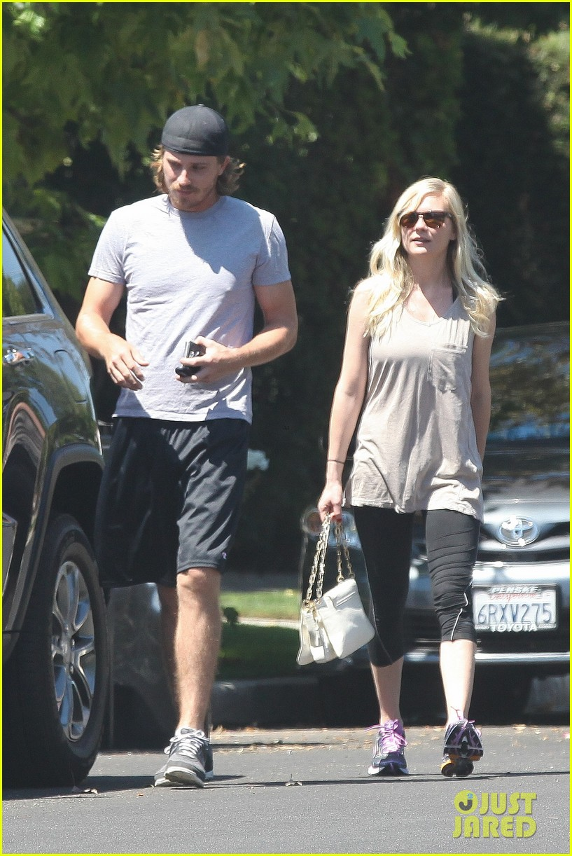 kirsten dunst garrett hedlund workout wednesday 07