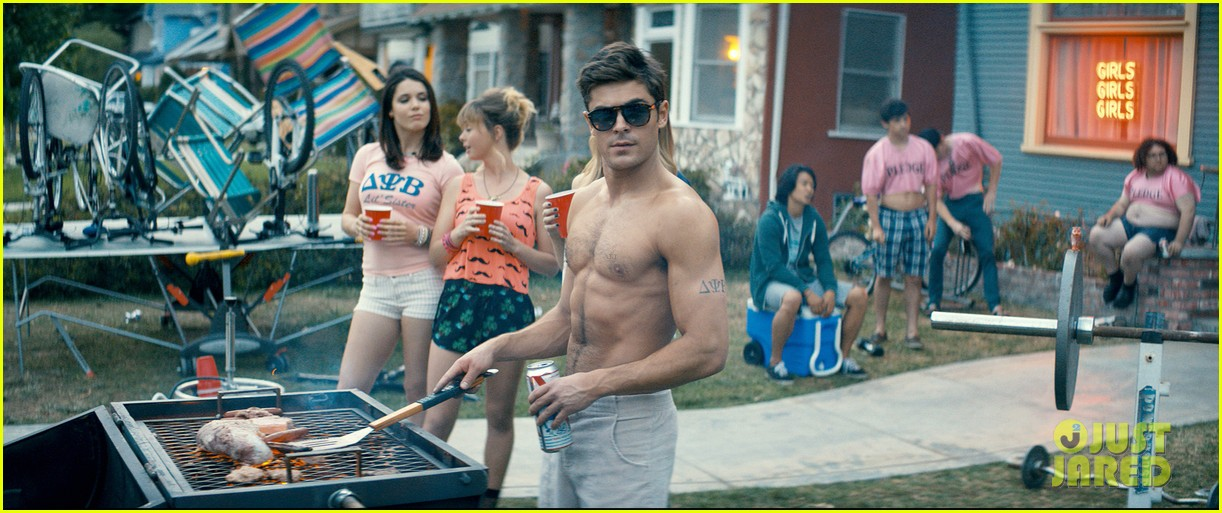 zac efron shirtless for neighbors still 04