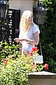 elle fanning visits friends on the weekend 16
