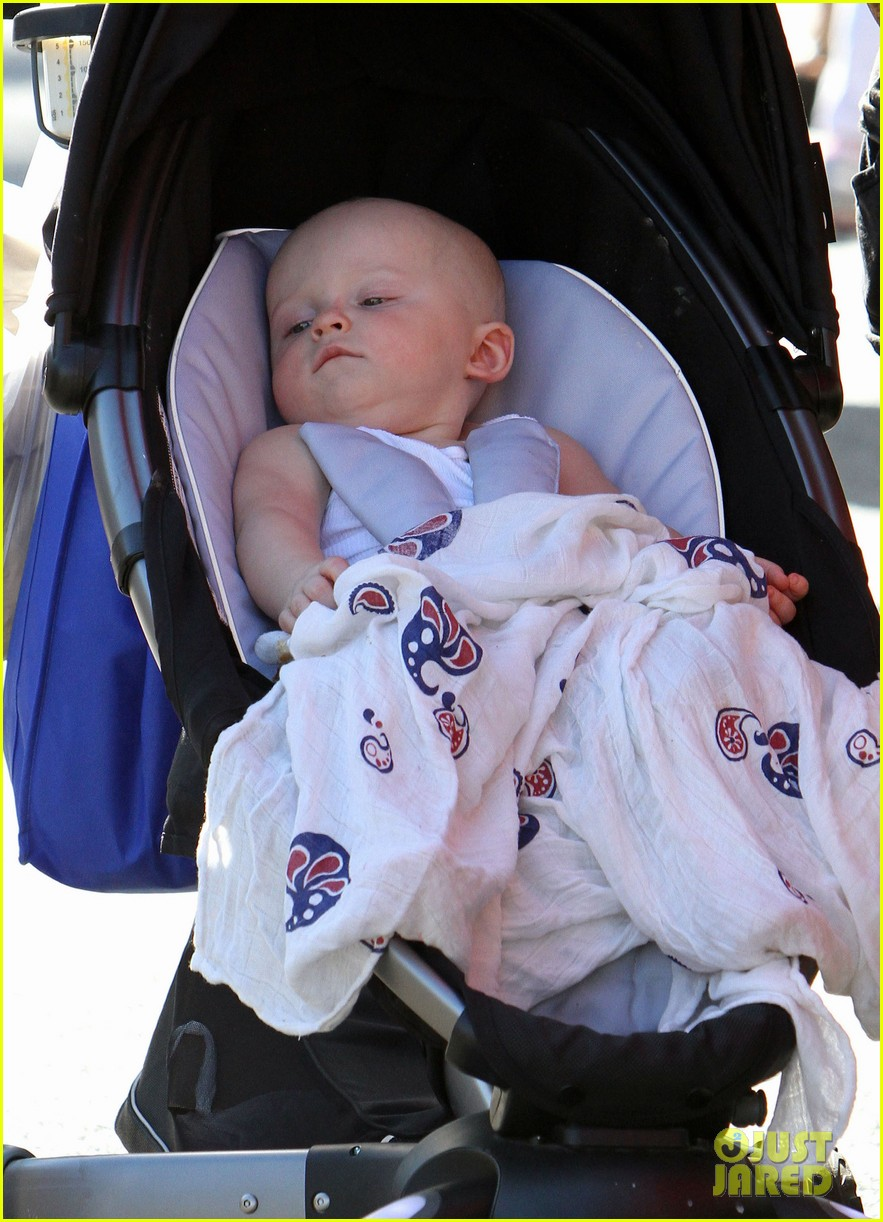 anna faris chris pratt celebrate son jack first birthday 02