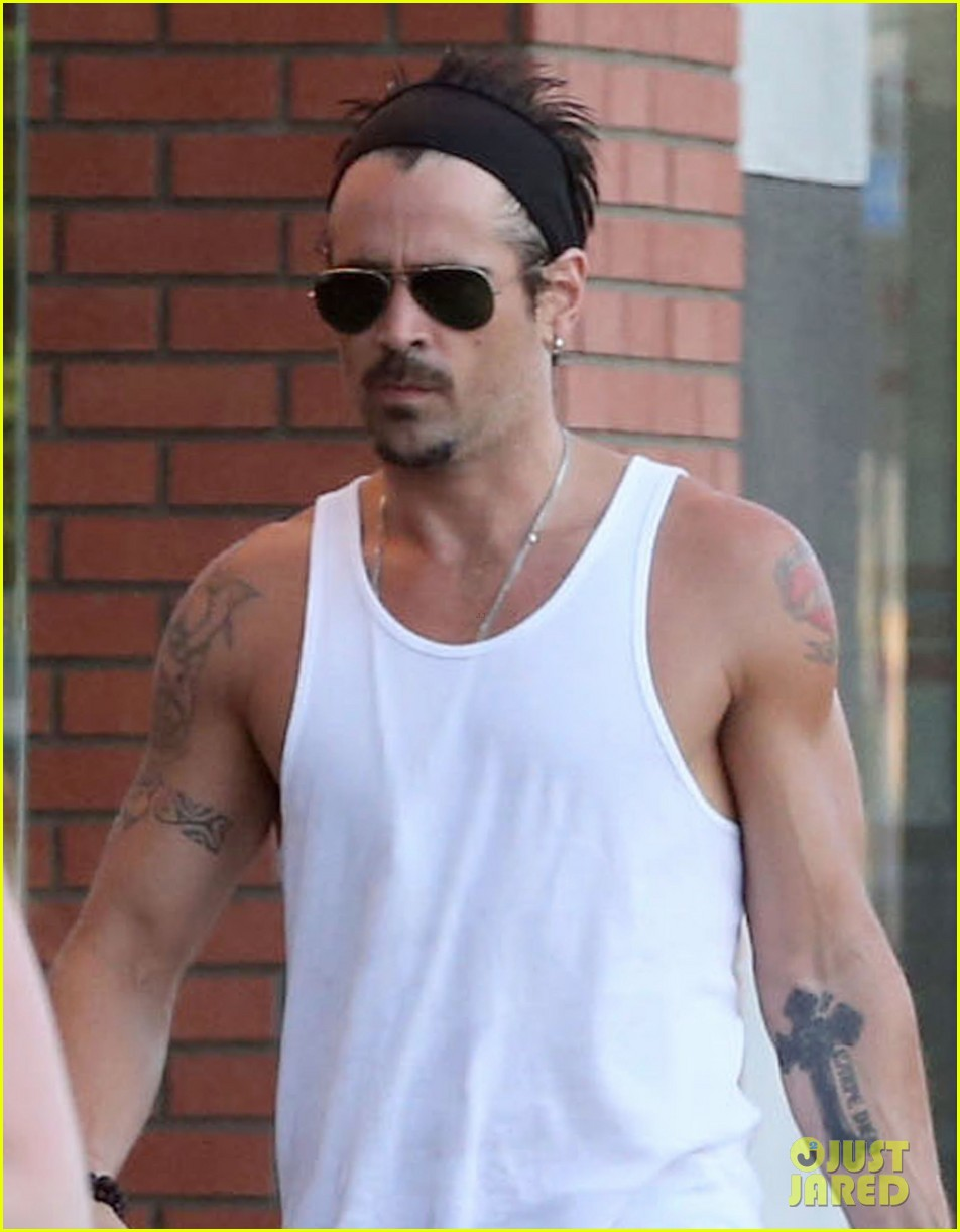 colin farrell bulging biceps at yoga class 022923777