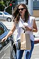 jennifer garner seraphina ballet pickup after lunch with violet 04