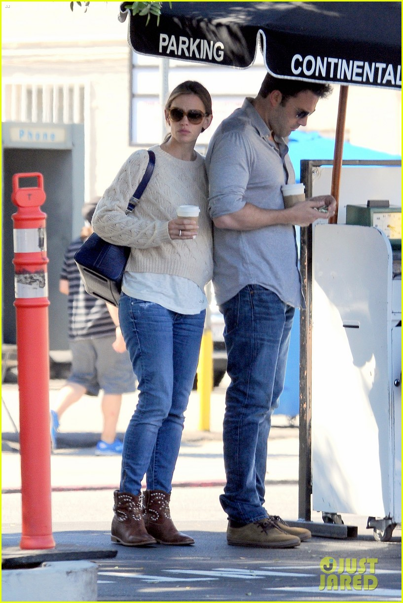 jennifer garner ben affleck share romantic weekend lunch 27