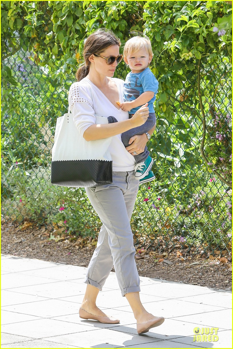 jennifer garner natural history museum education for kids 072922902