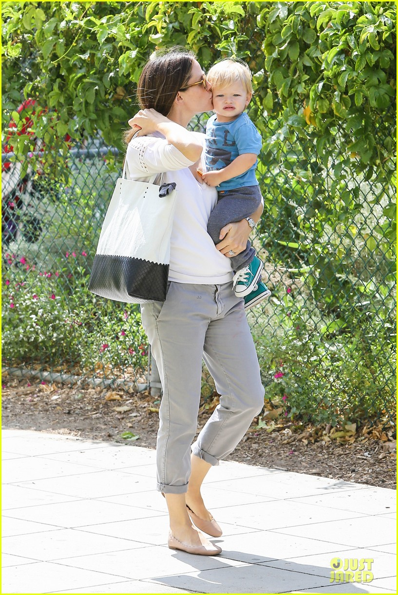 jennifer garner natural history museum education for kids 162922911