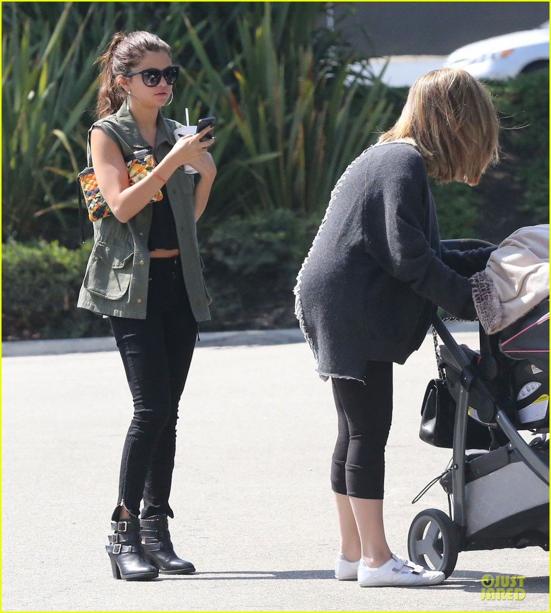 selena gomez bonds with baby sister gracie 24