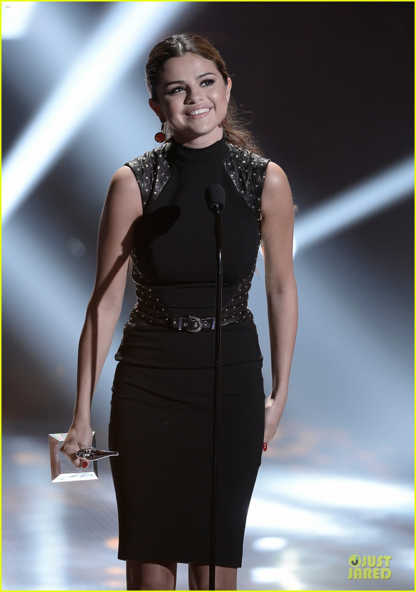 selena gomez young hollywood awards 2013 honoree 052921778