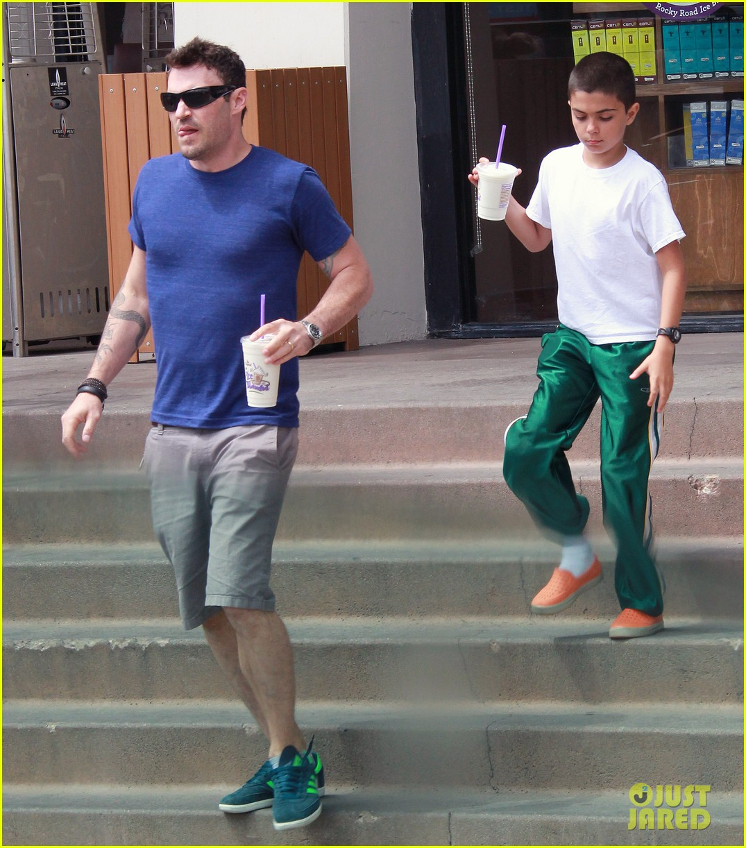 brian austin green quality time with kassius in hollywood 04