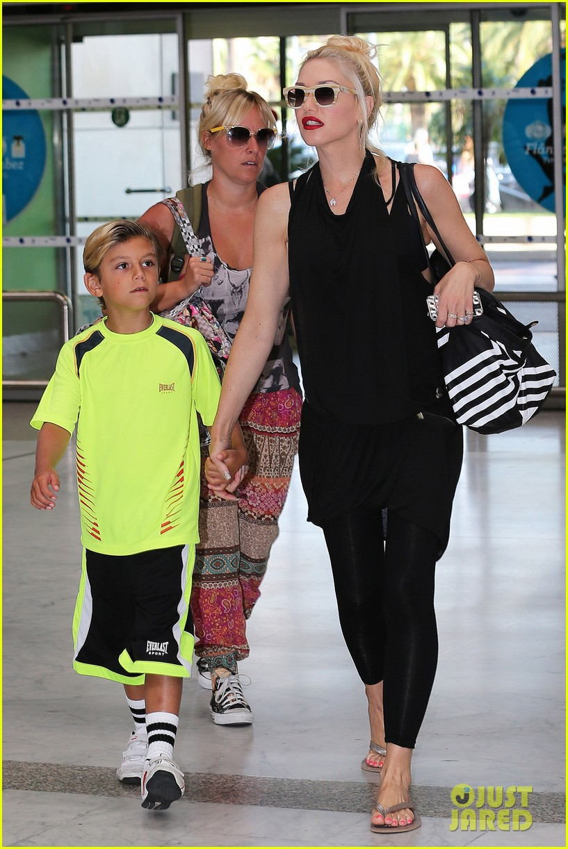 gwen stefani gavin rossdale back after paris vacation 02