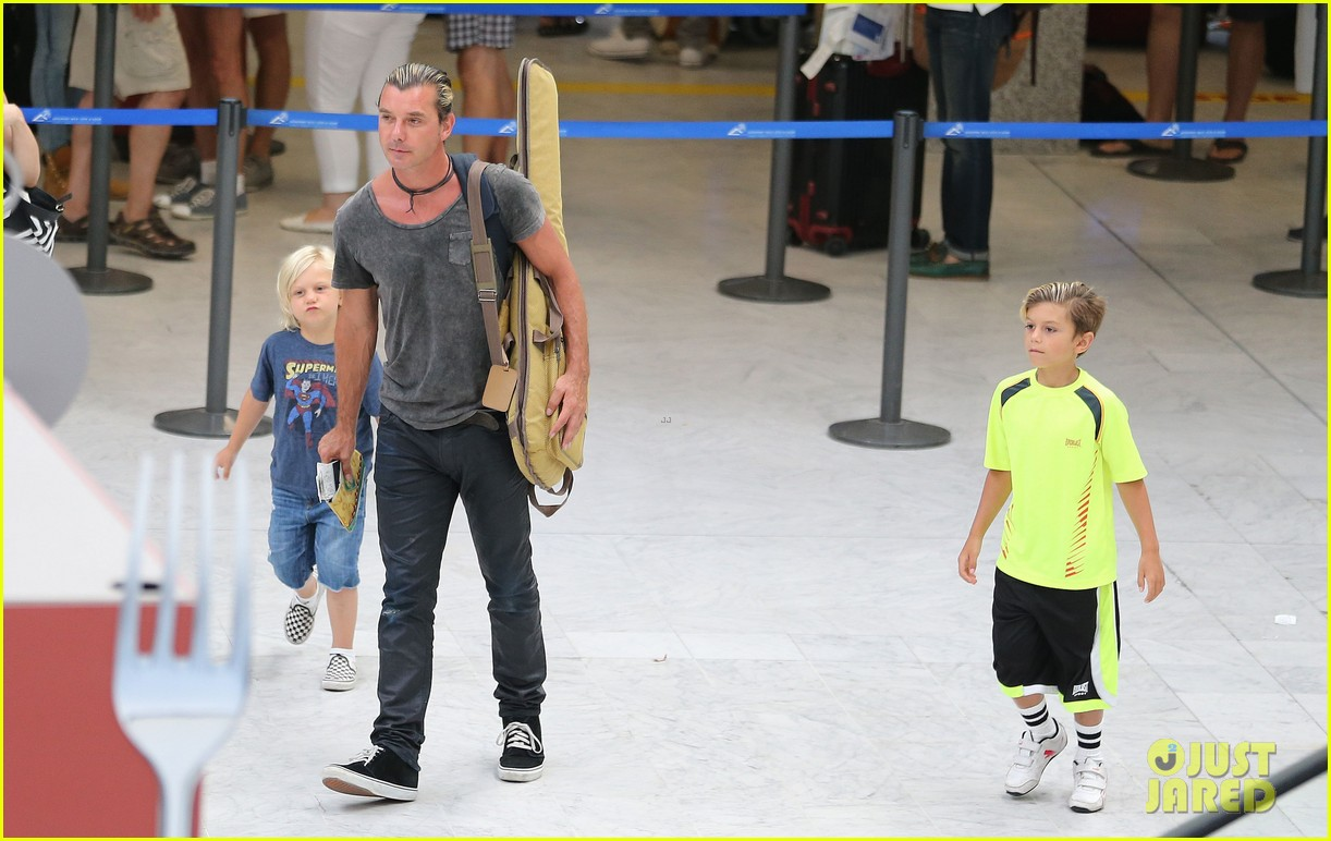 gwen stefani gavin rossdale back after paris vacation 31