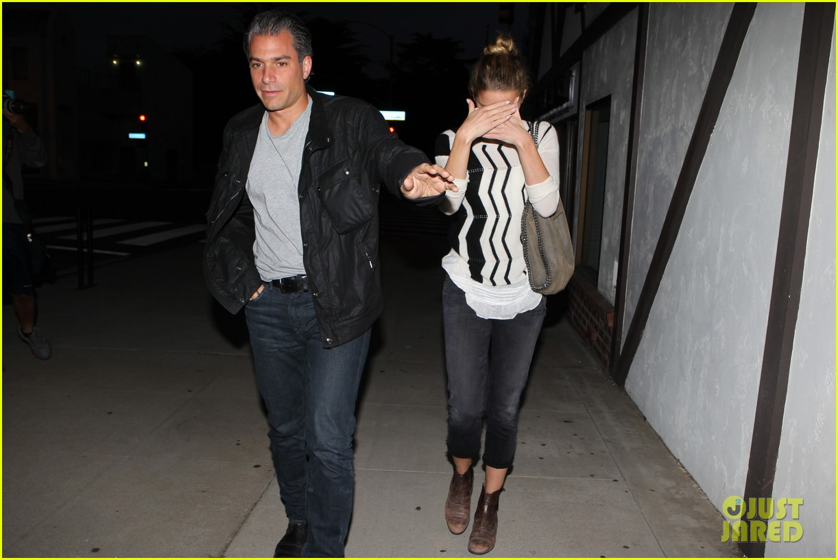 amber heard grabs dinner with talent agent christian carino 22