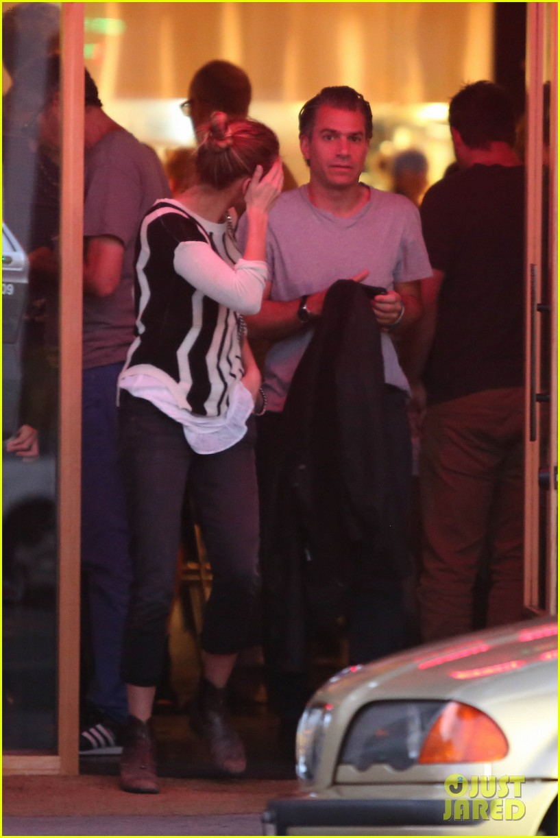 amber heard grabs dinner with talent agent christian carino 24