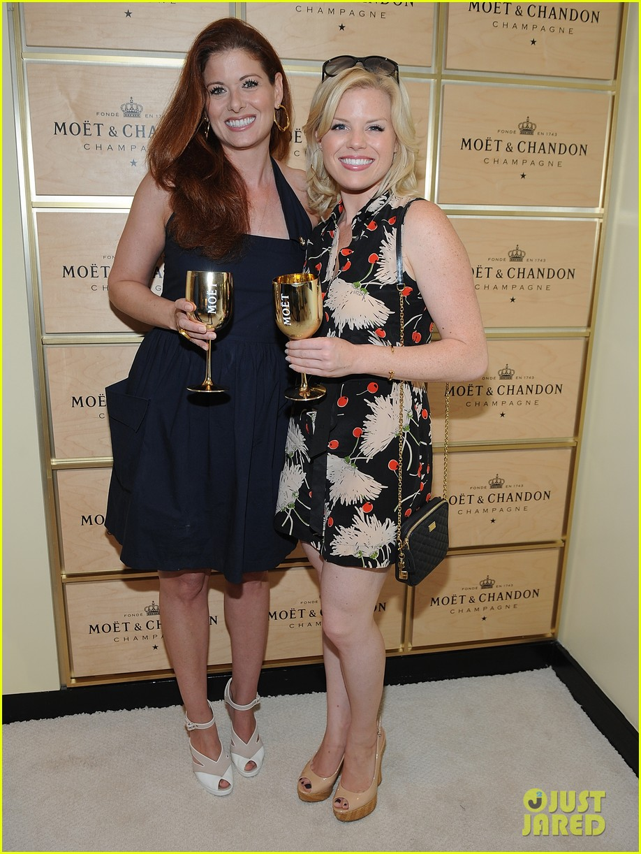 megan hilty debra messing smash reunion at us open 13