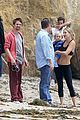kate hudson flashes abs while filming pilates workout video 03