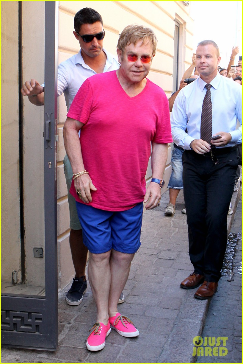 elton john vacations after appendicitis recovery 10