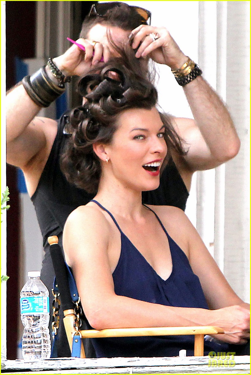 milla jovovich sports bra revealing sheer top 192938511