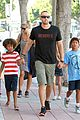heidi klum martin kirsten beach bike ride with kids 21