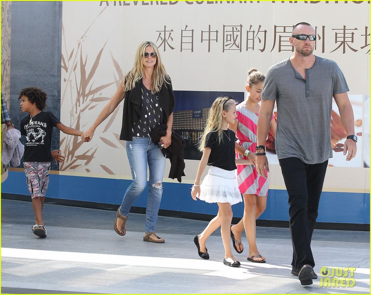 heidi klum enjoys family movie afternoon 152923809
