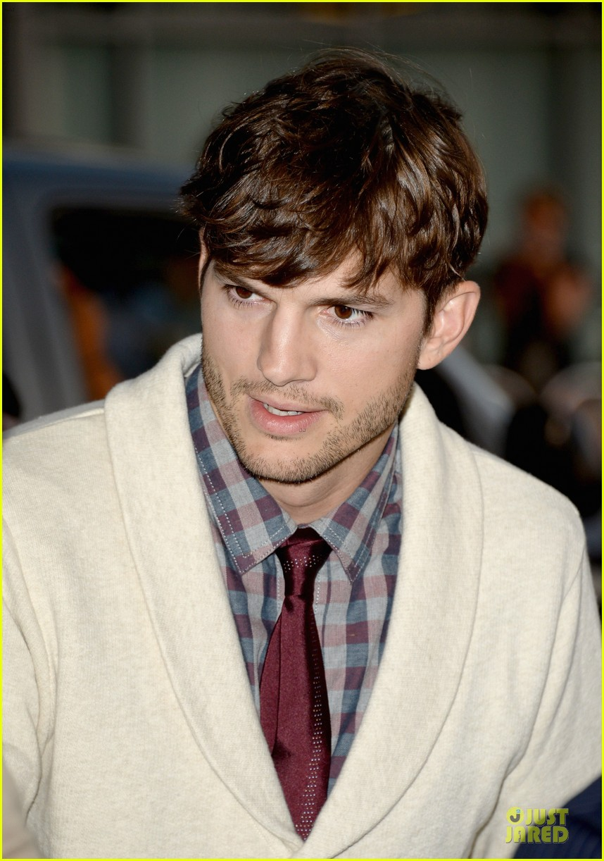 ashton kutcher ahna oreilly jobs la screening 17