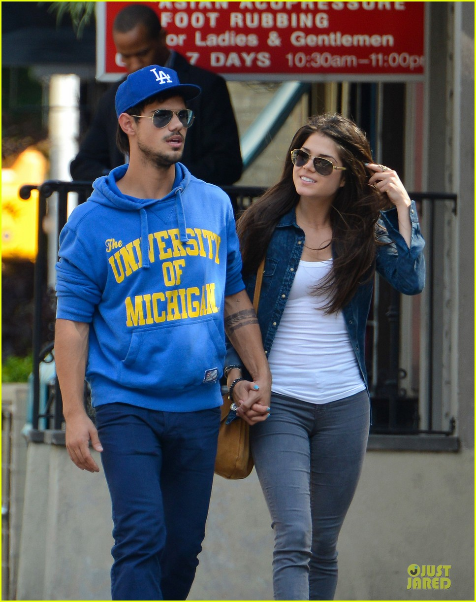 taylor lautner marie avgeropoulos romantic walk in nyc 02