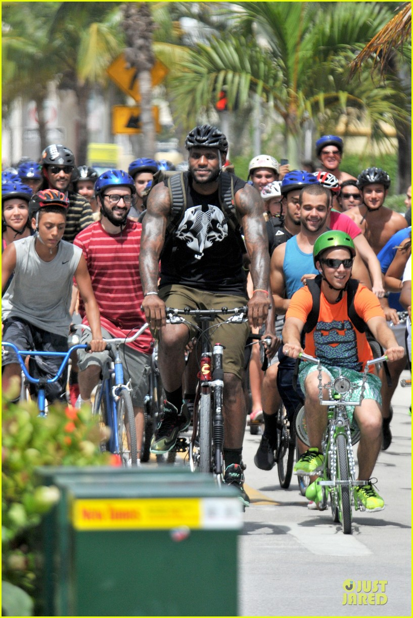lebron james shirtless nike commercial shoot 072932116