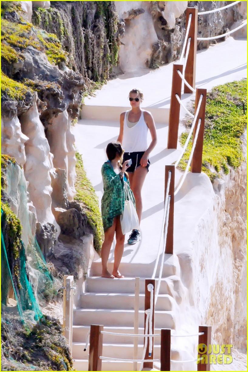 leonardo dicaprio bikini clad toni garrn vacation in ibiza 142924930