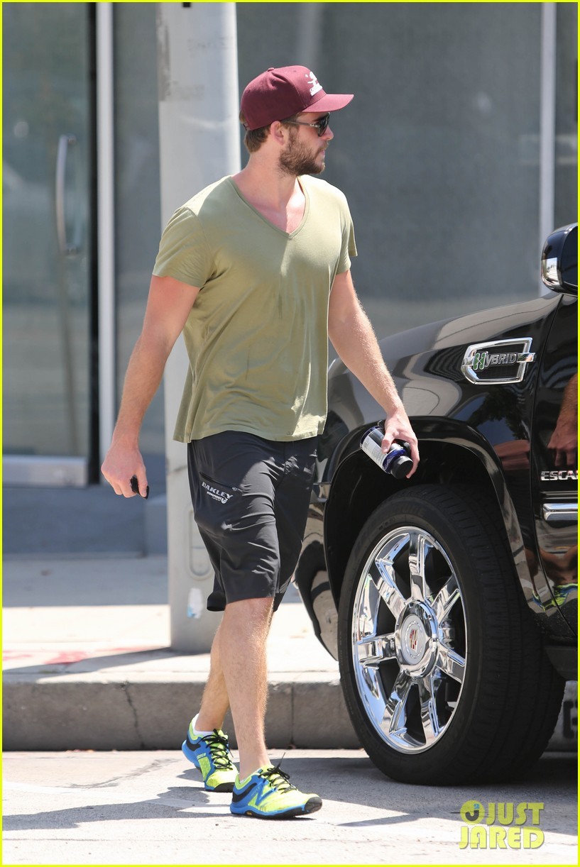 liam hemsworth hits the gym miley cyrus heads to the studio 062934816