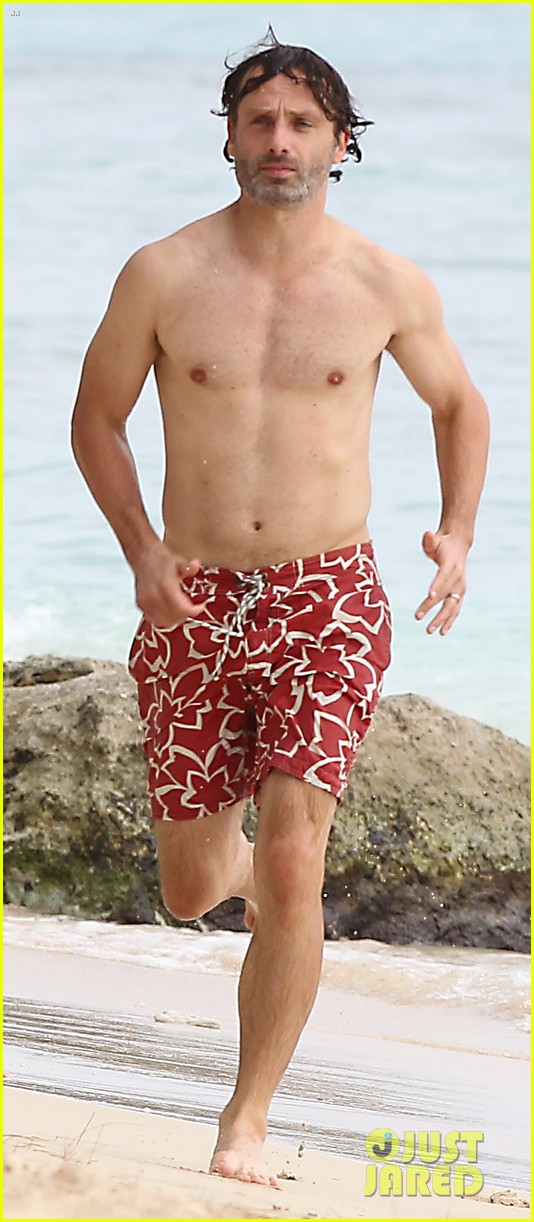 andrew lincoln goes shirtless on family vacation 05