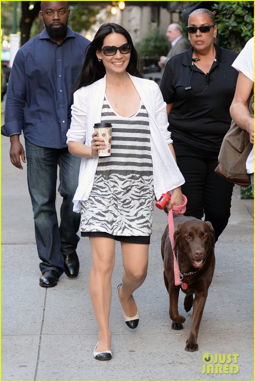 lucy liu new boyfriend hold hands in new york city 192932389