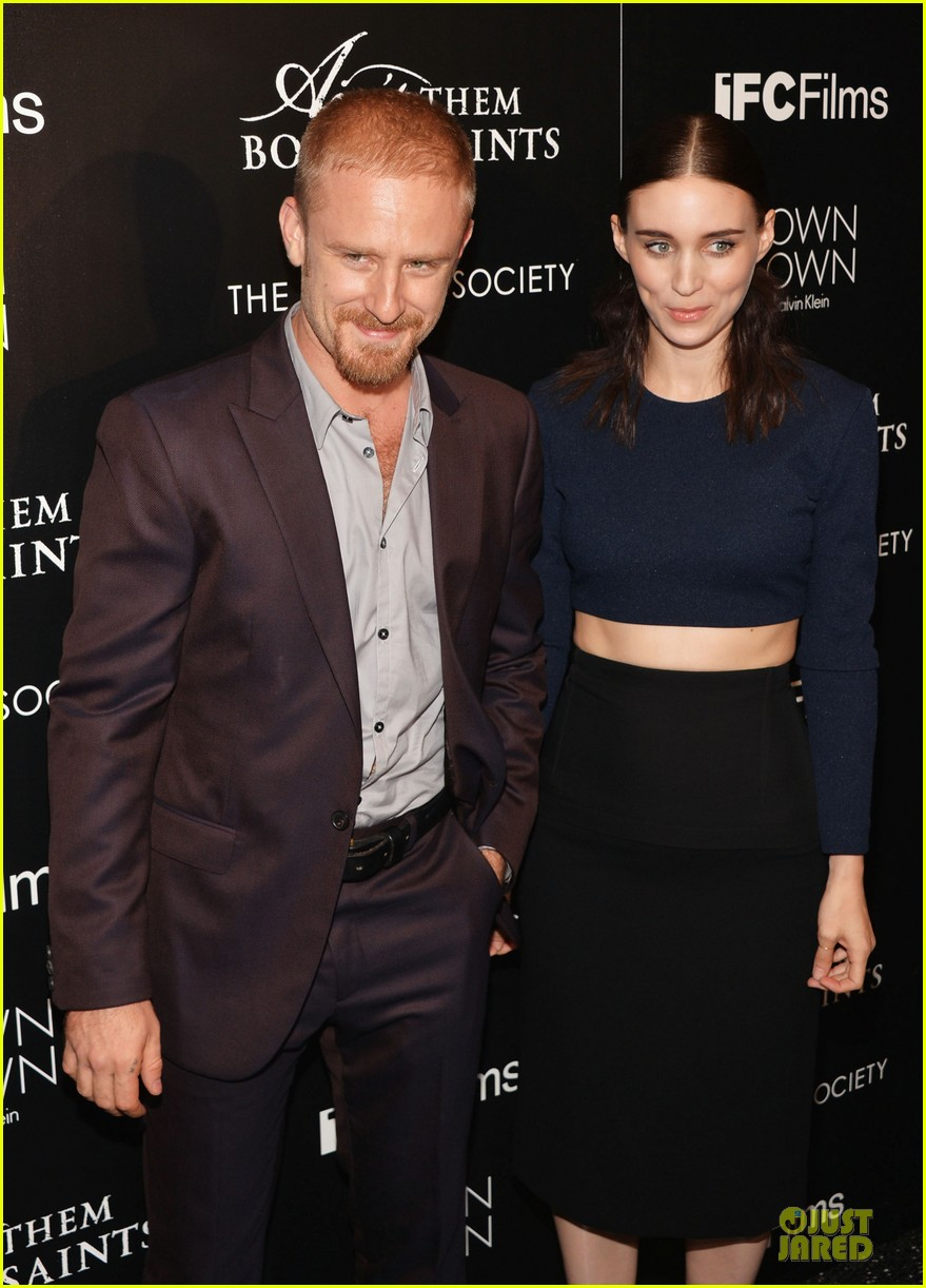 rooney mara bares midriff at aint them bodies saints screening 12