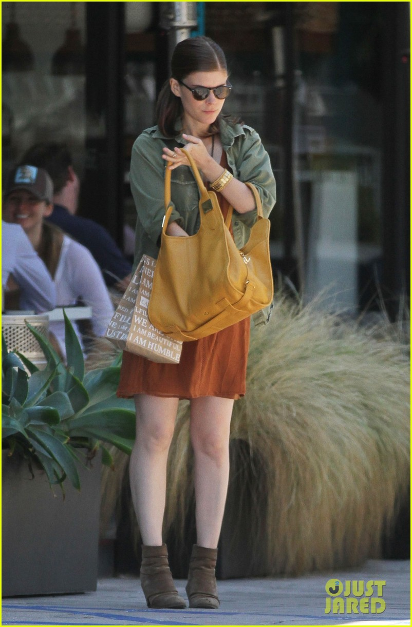 kate mara raves about the spectacular now on twitter 092926509