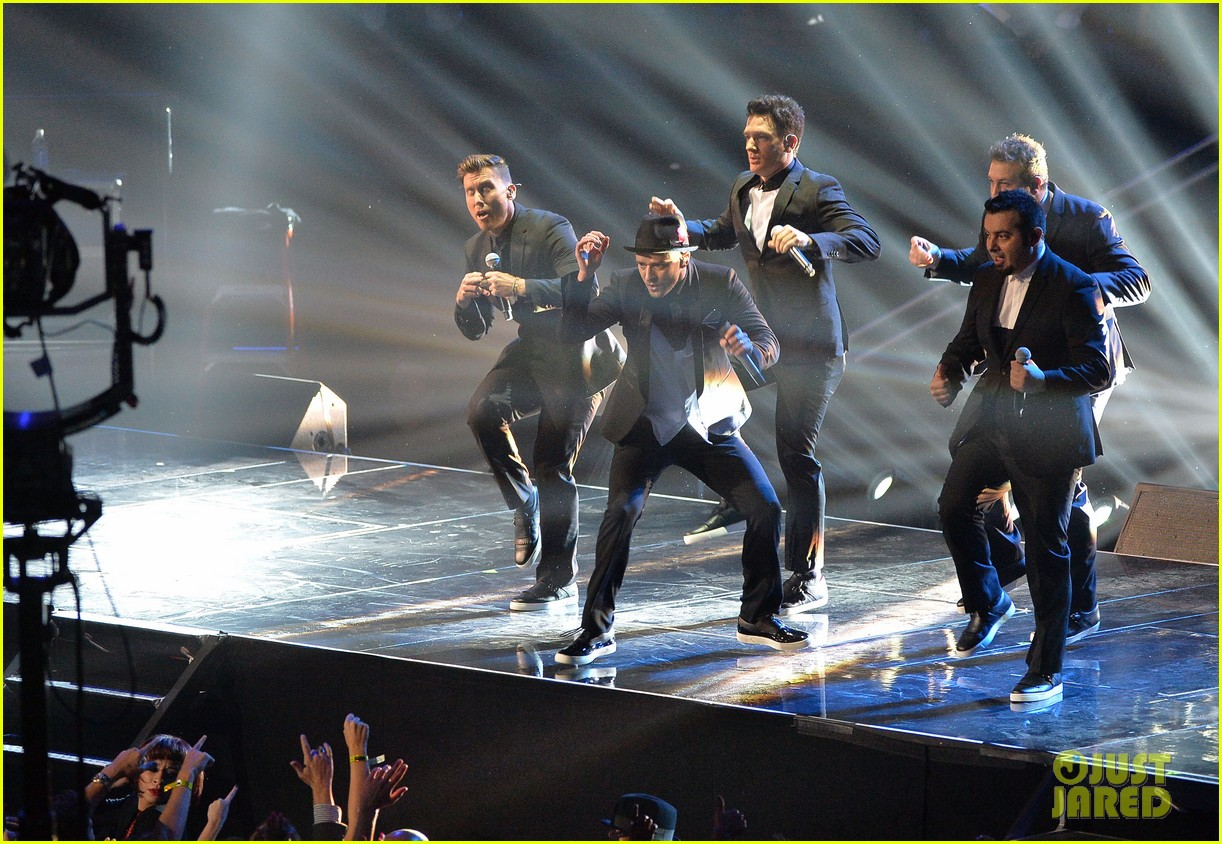 nsync vmas 2013 reunion performance watch now photo