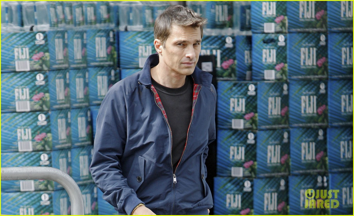 olivier martinez buys third baguette in a week 02