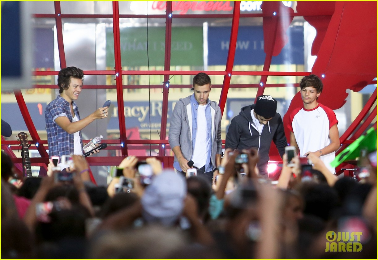 one direction today show concert series watch now 18