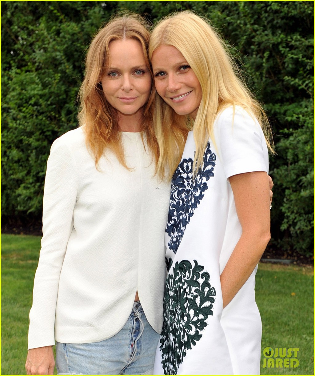 gwyneth paltrow goop garden party with stella mccartney 032937007