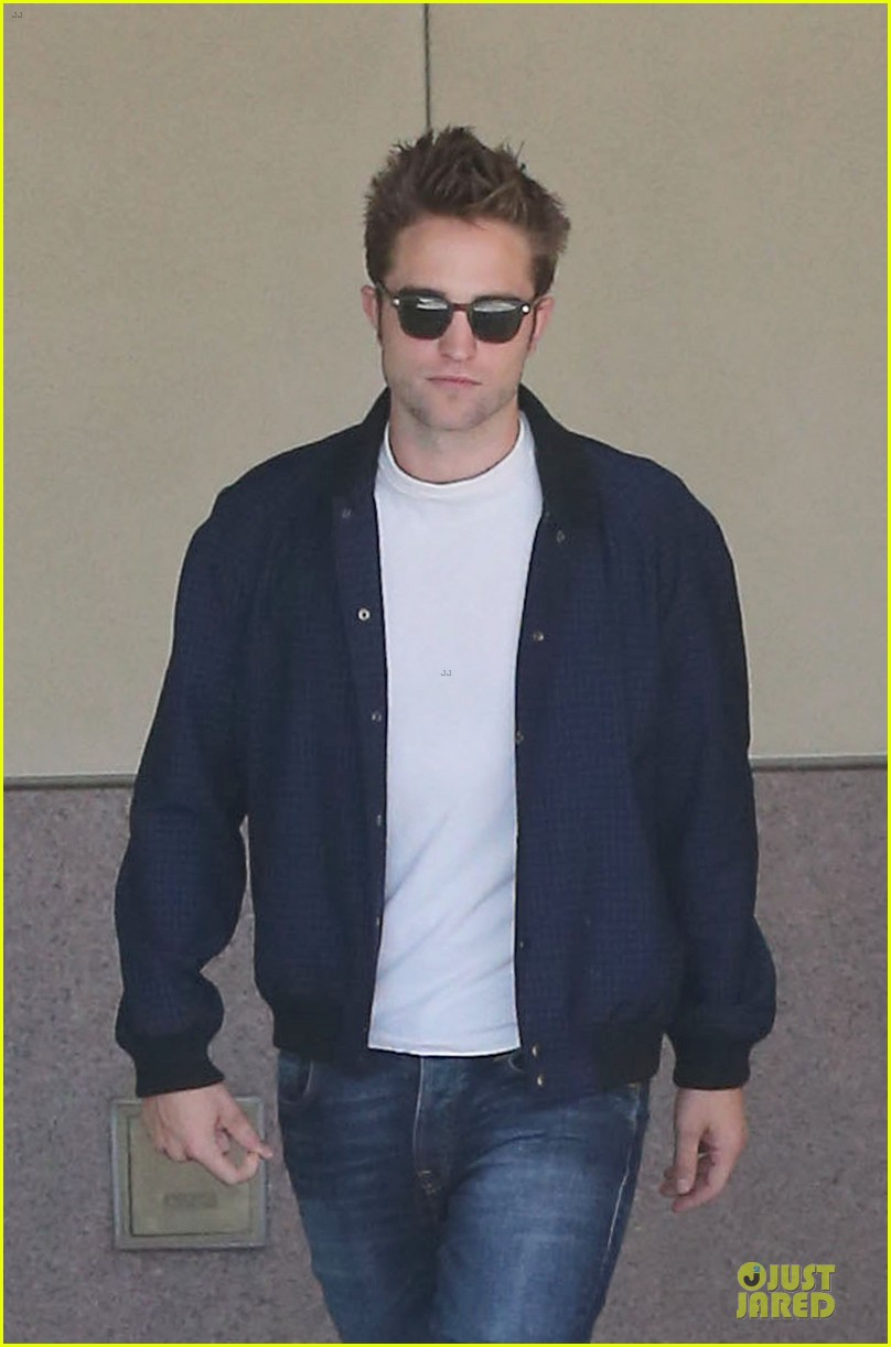 robert pattinson cool office building exit 022931584