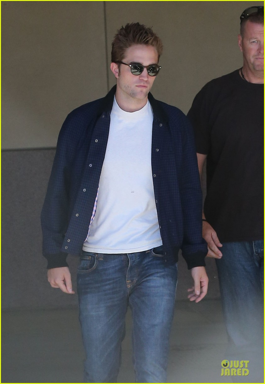 robert pattinson cool office building exit 21