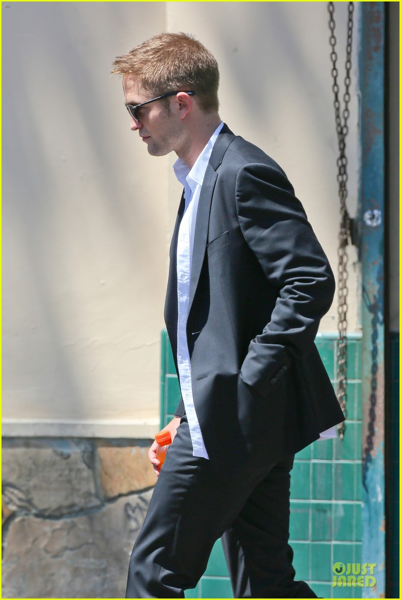 robert pattinson map to the stars with starstruck mia wasikowska 18