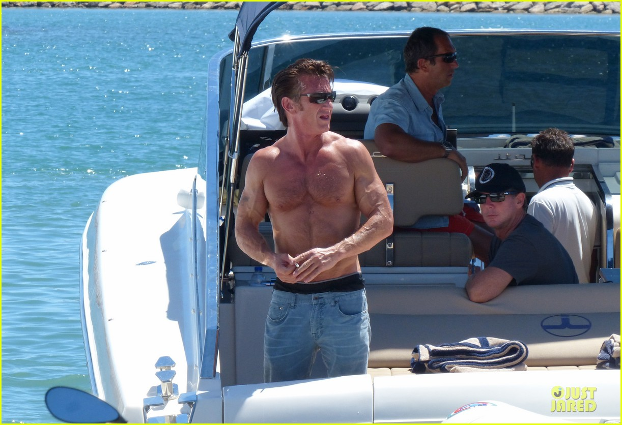 sean penn shirtless ripped on ibiza vacation 02